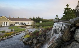 glendenning-golf-course-waterfall